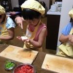 豆腐手のひら3人