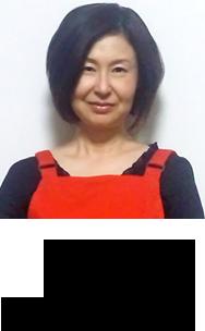 鈴木 由美 主任児童委員 赤ちゃんや若いお母さん達のお世話もしています